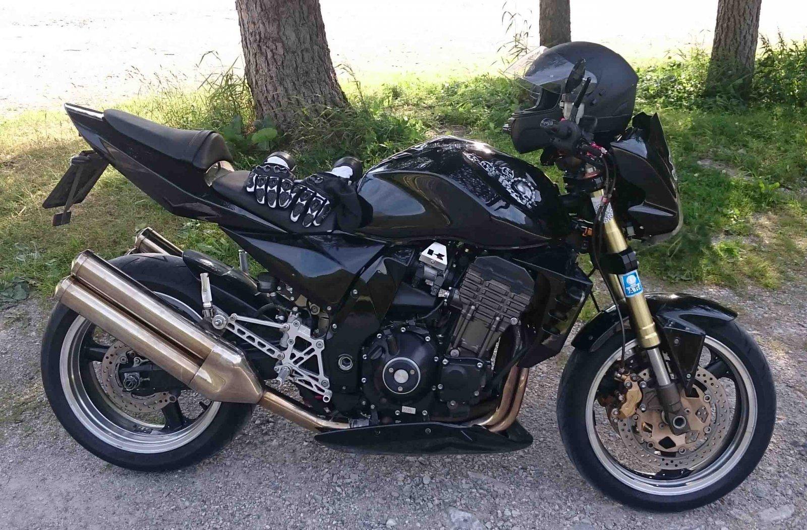 Motorad Kawasaki 3