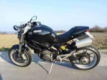 DucatiMonster1100_1.jpg