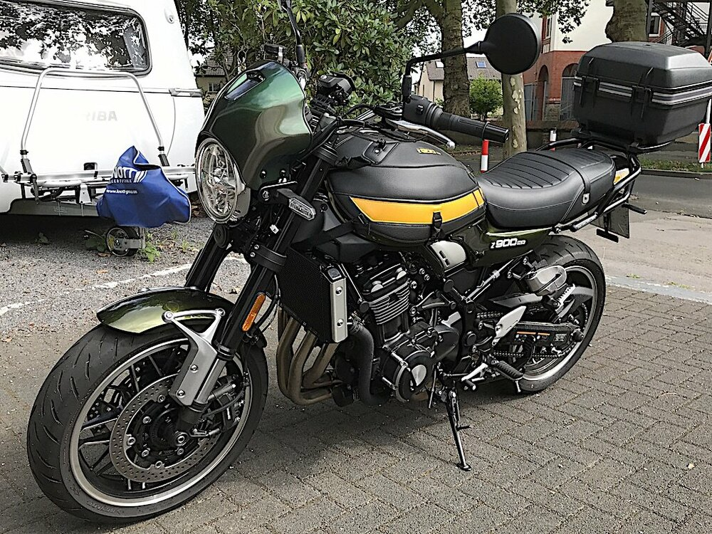 Z900RS_Windschild.jpeg