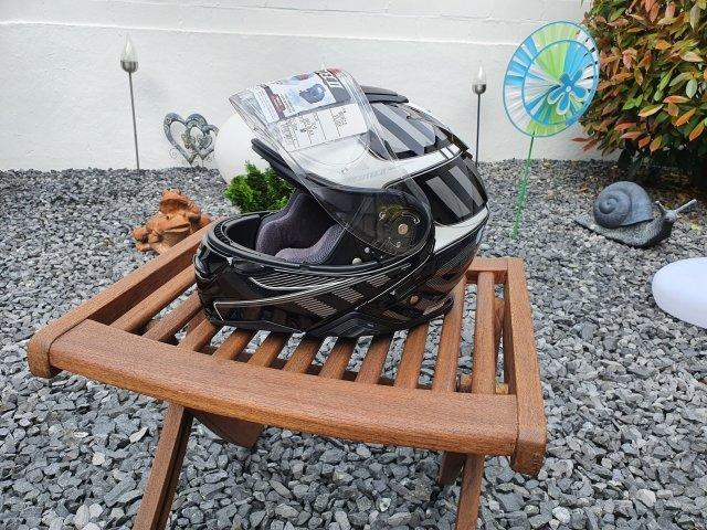 Helm 4w.jpg