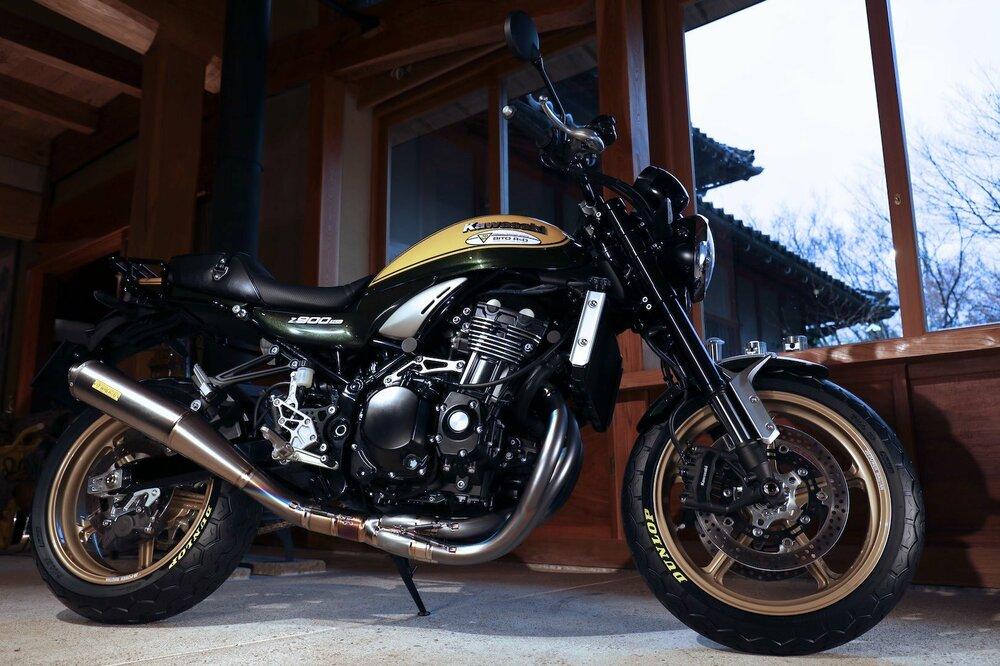 Dunlop-TT100-GP-Radial-First-look-retro-motorcycle-tire-1.jpg